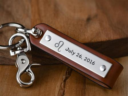 Personalize-leather-keychain